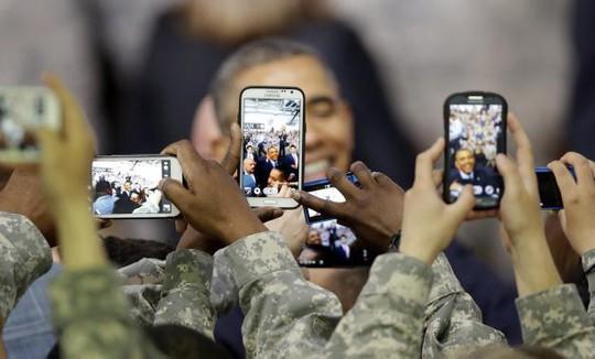 Tổng thống Mỹ Obama tại căn cứ Yongsan (Hàn Quốc) sáng 26-4. Ảnh: Reuters