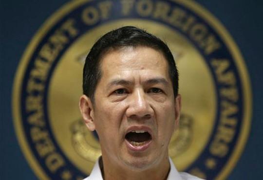 Philippines phản đối vụ Trung Quốc chặn tàu ở Bãi Cỏ Mây