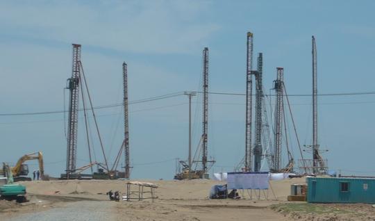 Nhà máy nhiệt điện Duyên Hải 1 vẫn đang trong quá trình thi công để hoàn thành