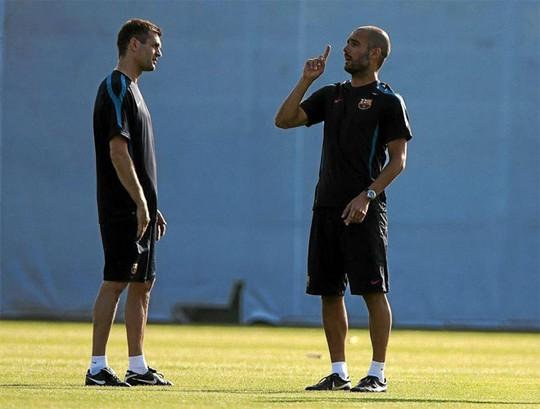 Tito Vilanova khi còn làm trợ lý cho Pep Guardiola