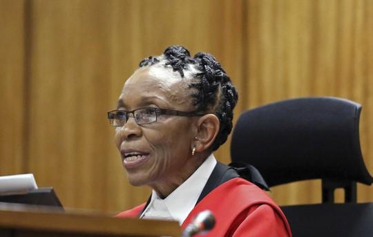 Thẩm phán Masipa tuyên án cho Pistorius