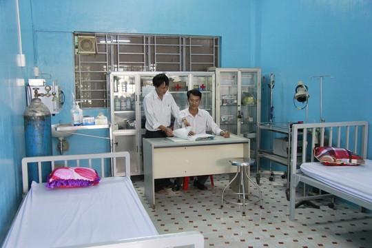 Phòng y tế được trang bị đầy đủ dụng cụ cho việc cắt cơn, giải độc