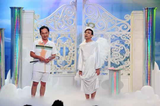 """Trấn Thành hóa thiên thần, Khánh Nam """"hạ"""" Việt Hương"""