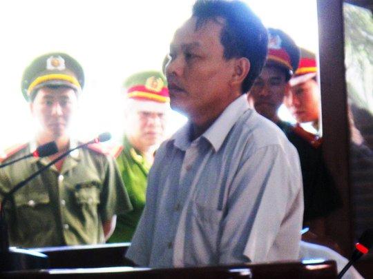 Bị cáo Nguyễn Minh Quyền thừa nhận có dùng dùi cui đánh Ngô Thanh Kiều