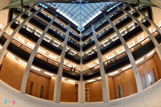 Công trình với 2 tầng hầm và 5 tầng nổi, tổng diện tích sàn trên 60.000 m2.