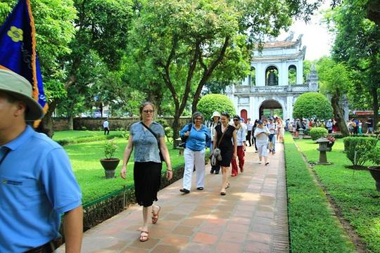 Chính sách miễn thị thực đã góp phần khá tích cực vào sự phát triển du lịch Việt Nam. Ảnh minh họa