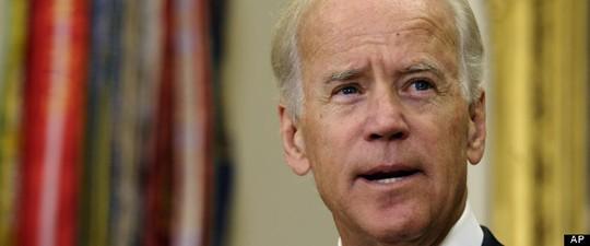 Phó Tổng thống Mỹ Joe Biden đã điện đàm với Tổng thống Ukraine Viktor Yanukovych nhằm thúc giục chấm dứt cuộc khủng hoảng một cách hòa bình. Ảnh: AP