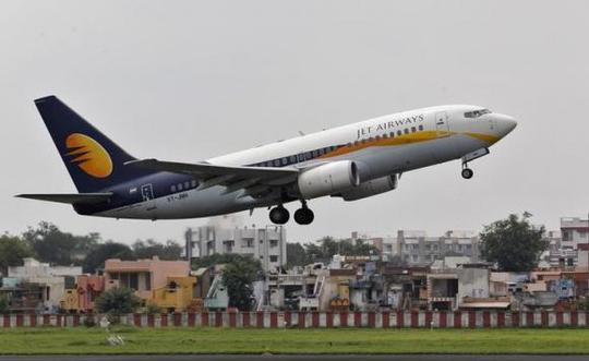 Một chiếc máy bay của hãng Jet Airways. Ảnh: Reuters