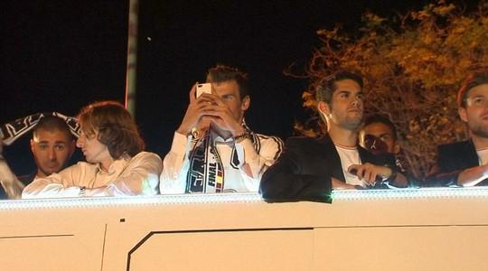 Bale ghi lại những khoảnh khắc chiến thắng đầu tiên kể từ khi đến Real Madrid từ hè 2013