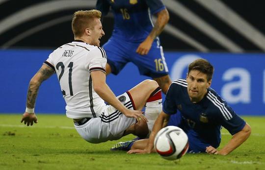 Marco Reus (trái) đã trở lại cùng tuyển Đức
