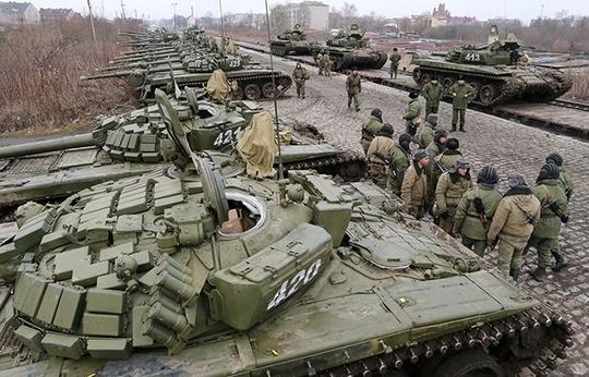 Binh sĩ Nga tham gia diễn tập tại thành phố Gusev. Ảnh: RIA Novosti