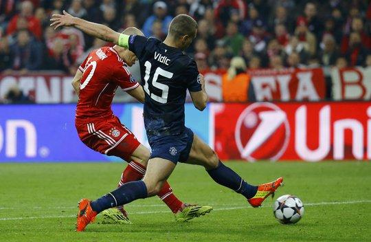 Robben ghi bàn thắng quyết định chấm dứt hy vọng làm nên chuyện của thầy trò David Moyes ở Champions League