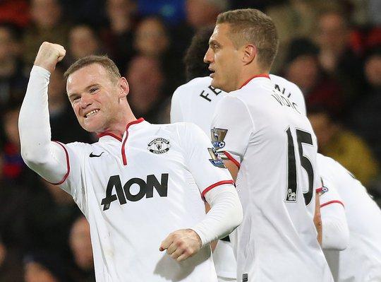 Rooney tỏ ra xứng đáng với mức lương 300.000 bảng Anh/tuần mà anh mới được nhận ở M.U