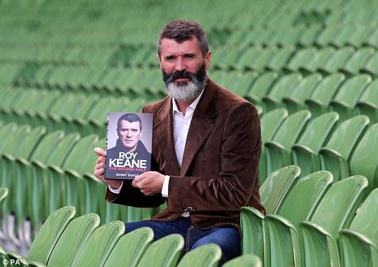 Roy Keane trong ngày ra mắt quyển tự truyện Hiệp 2 của mình