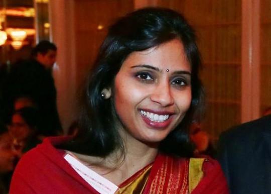 Nhà ngoại giao Devyani Khobragade bất ngờ rời khỏi Mỹ cùng ngày tòa xét xử bà. Ảnh: Ảnh: Reuters