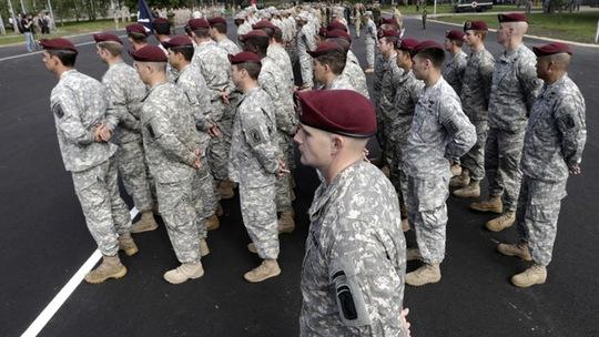Quân đội Mỹ tham gia cuộc tập trận Saber Strike. Ảnh: Reuters