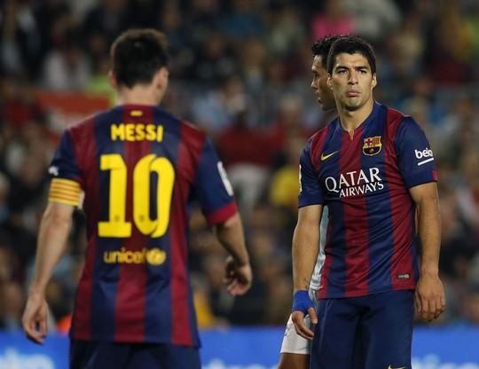 Messi và Suarez thẫn thờ sau trận thua tiếc nuối trước Celta Vigo