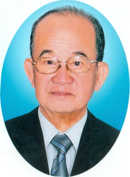 Nghệ sĩ Vân Hương - soạn giả Phi Long qua đời