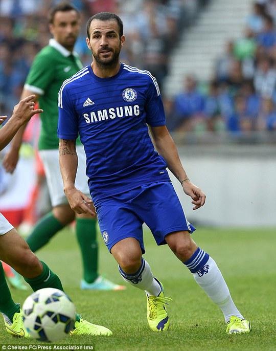 Fabregas có màn ra mắt thành công trong màu áo Chelsea