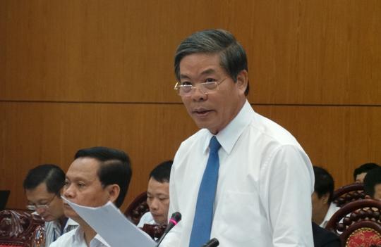 Bộ trưởng TN-MT Nguyễn Minh Quang trả lời chất vấn sáng nay 29-9