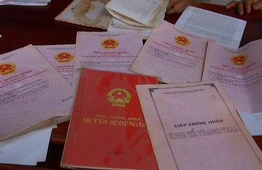 Sổ đỏ của người dân được Nhà nước cấp, nhưng ông Chủ tịch UBND huyện Đồng Phú, tỉnh Bình Phước cho rằng số nhiều do cấp sai!