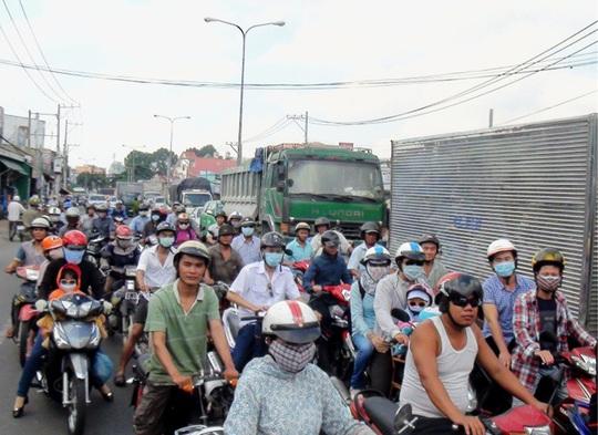 Vụ tai nạn làm giao thông bị ùn tắc cục bộ