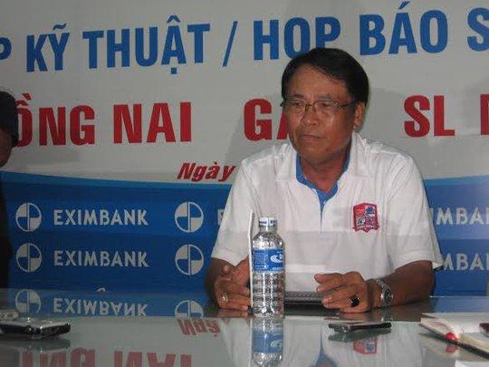HLV Trần Bình Sự trong cuộc báo vào trưa 21-7
