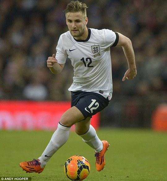 Luke Shaw, người nhiều khả năng sẽ chiếm vị trí hành lang cánh trái của tuyển Anh do Cole để lại