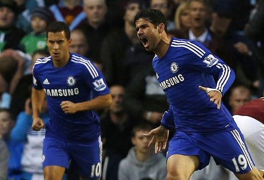 Costa (phải) sẽ tiếp tục nổ súng cho Chelea?