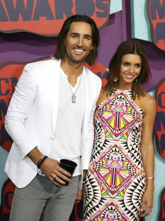 Jake Owen và vợ Lacey Buchanan