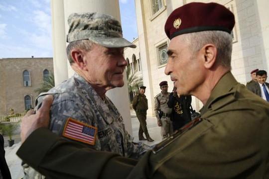 TướngMartin Dempsey nói cuộc chiến chống IS đang đảo chiều. Ảnh: Reuters
