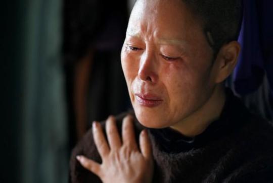 Kim Bok-soon khóc ròng
