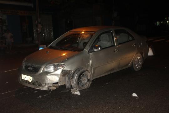 Ô tô bị tai nạn.