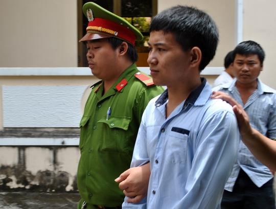 Tâm bị giải về trại giam sau khi nhận án