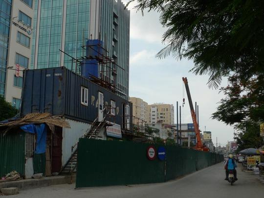 Ông Thăng khẳng định kể cả với dự án giao thông duy nhất sử dụng nguồn vốn ODA của Trung Quốc cho vay là dự án đường sắt đô thị Cát Linh - Hà Đông cũng sẽ được tiếp tục nếu như Trung Quốc có rút chân ra.