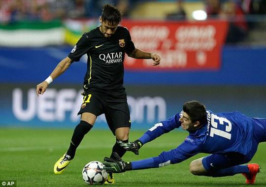 Courtois thể hiện phong độ chói sáng trong trân thắng Barcelona của Neymar ở tứ kết
