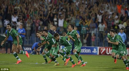 Niềm vui của các cầu thủ Ludogorets khi lần đầu vào vòng bảng Champions League