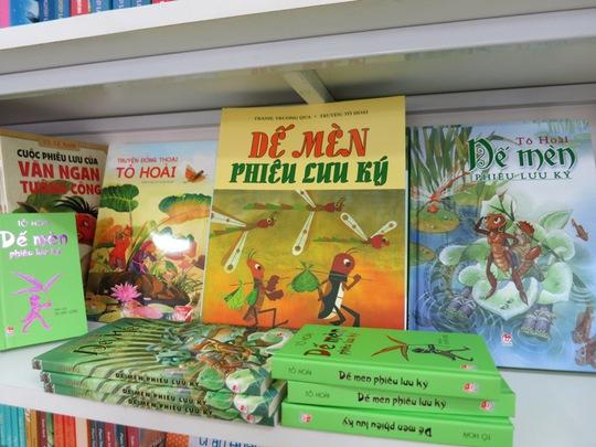 Bây giờ nhớ lại, tôi cứ thon thót nghĩ rằng, nếu chẳng may không có những cuốn sách ấu thơ ngày ấy thì không biết cuộc đời sẽ ra sao...