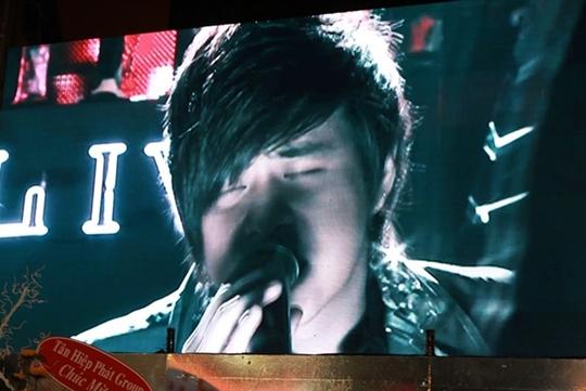 Hình ảnh Wanbi Tuấn Anh trong đoạn clip