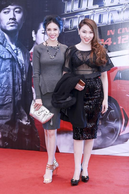 Trà Giang (trái) và Quỳnh Thư