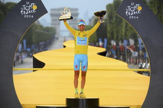 Áo vàng tour de france 2014 Vincenzo Nibali