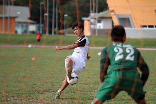 U19 Việt Nam tập luyện trước trận quyết định với U22 Campuchia