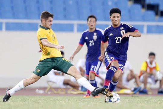 U19 Úc (áo vàng) dù cố gắng nhưng đành chấp nhận thất bại thứ hai