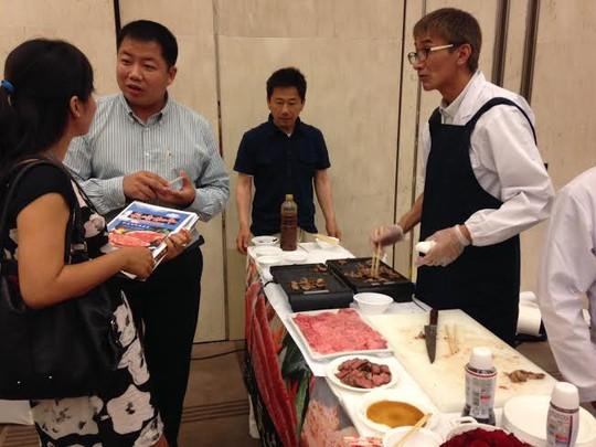 Giới thiệu các món ăn Nhật bên ngoài buổi đối thoại