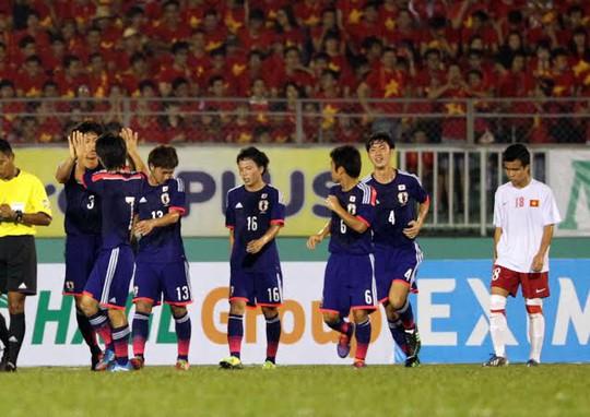 U19 Nhật Bản cho thấy sức mạnh đáng sợ
