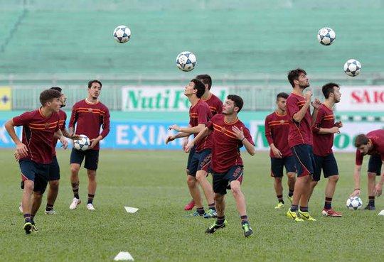 Các cầu thủ U19 AS Roma có thể hình rất lý tưởng