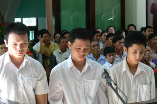 Nhóm thanh niên hung hăng đánh chết sinh viên vô tội