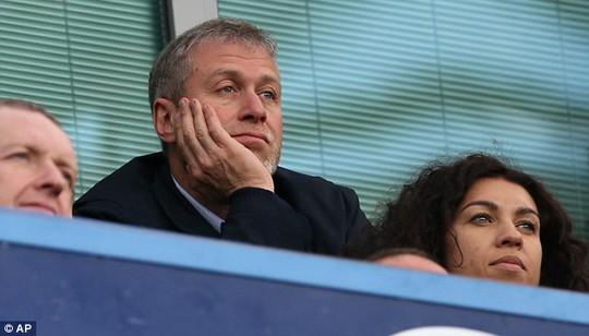 Abramovich không còn mạnh tay chi bạo vì luật mới của UEFA