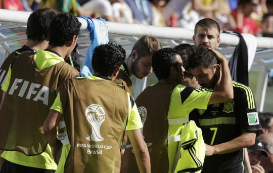 Villa đã khóc trong trận đấu cuối cùng cho Tây Ban Nha