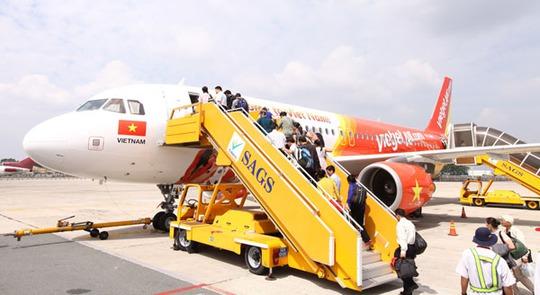 Vietjet là hãng đầu tiên bán vé Tết 2015